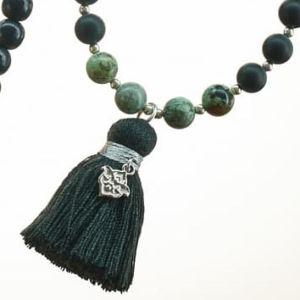 Boho Deluxe Kette mit Perlen aus 925 Sterlingsilber, Onyx (frosted), afrikanischem Türkis, Holz (schwarz) und Quaste.